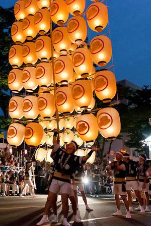 Akita Kanto Matsuri (秋田竿灯祭り)