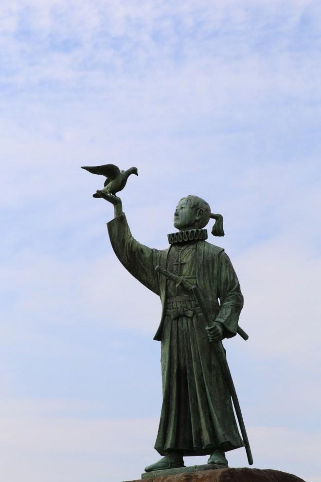 la-statua-di-amakusa-shiro