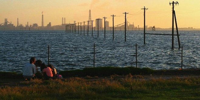 la-spiaggia-egawa-ricorda-la-citta-incantata
