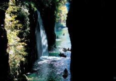 navigare-nella-gola-di-takachiho