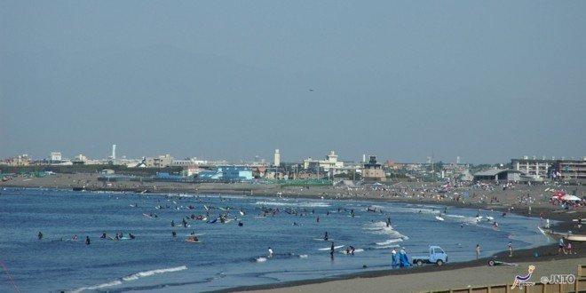 La spiaggia di Enoshima